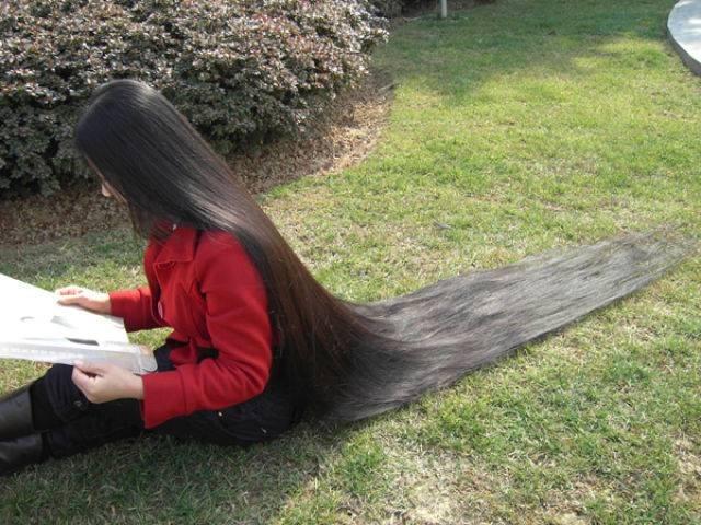 Девушки с длинными волосами (57 фото)