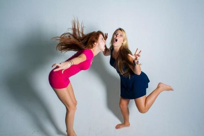 Девушки дурачатся (40 фото)