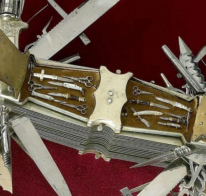 Самый крутой складной нож в мире (8 фото)