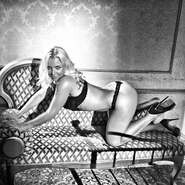 Виктория рыжикова фото голая