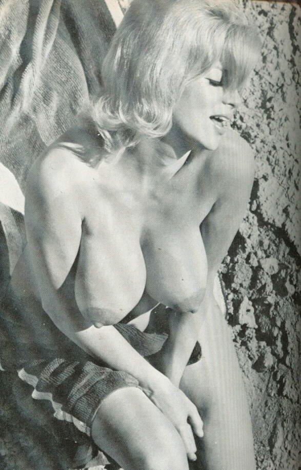 nude photos of jayne mansfield № 78668