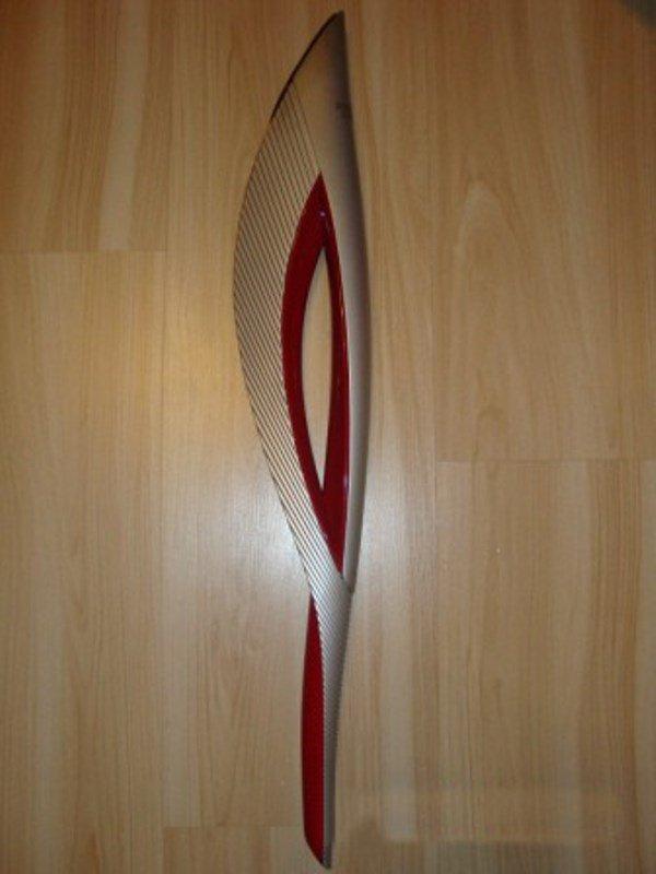 Разбираем олимпийский факел (17 фото)