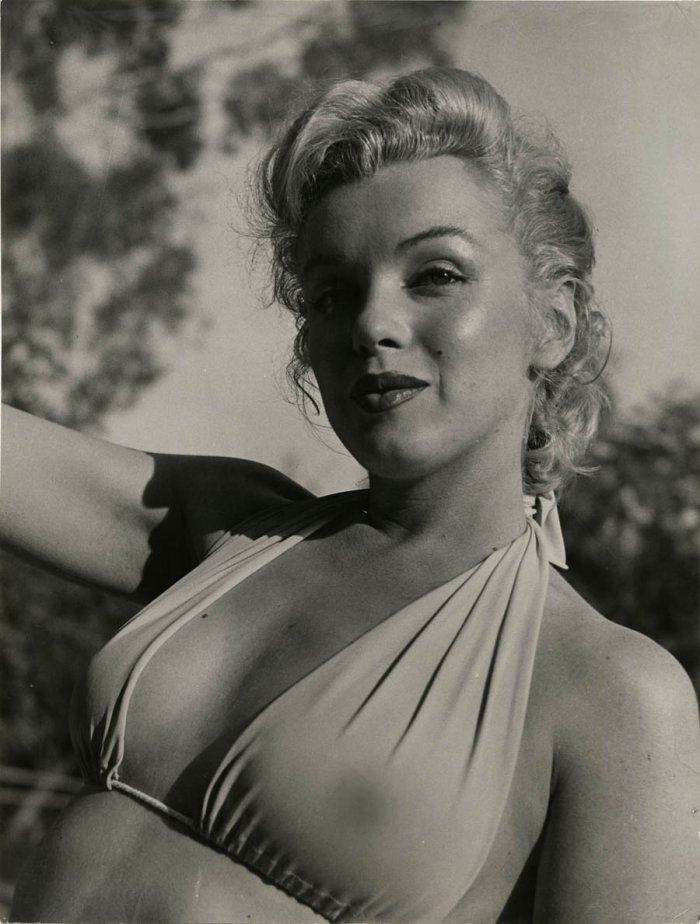 marilyn monroe american sex symbol essay Marilyn monroe – essays essay marilyn monroe & her legacy contributed by clarissa people suddenly reminded of the actress/ sex-symbol tune in to hear the.