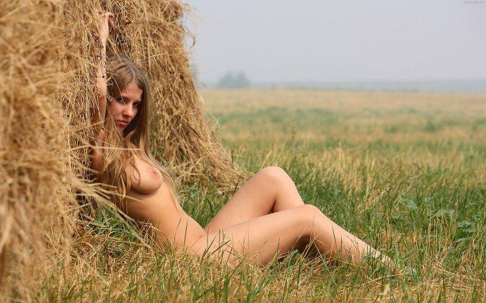 derevenskie-devushki-eroticheskoe-foto