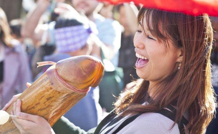 Фестиваль плодородия в Японии(24 фото)