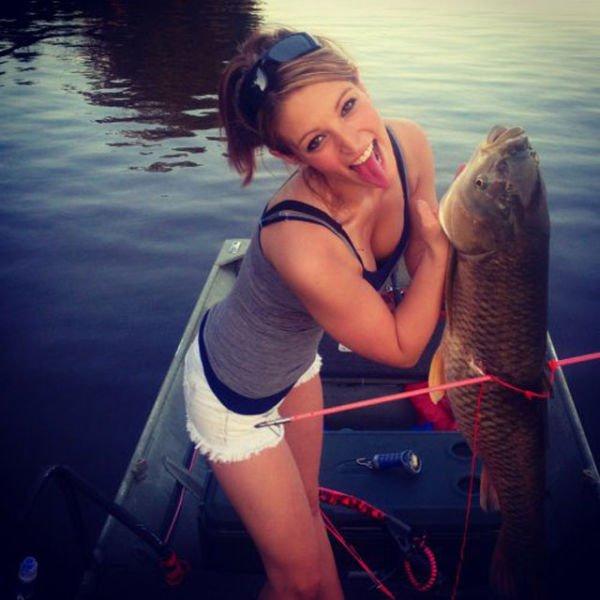 ею рыбак дурит крупную рыбу
