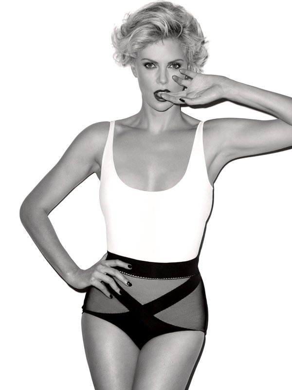 Charlize Theron (6 фото)