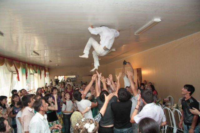 Картинки по запросу Подборка неудач на свадьбах