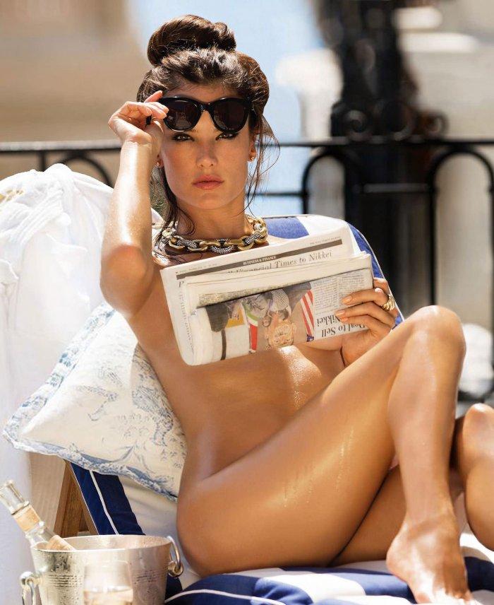 Алессандра Амбросио для Maxim (10 фото)