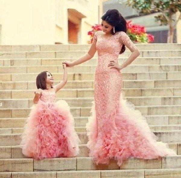 Мамы и дочки (25 фото)