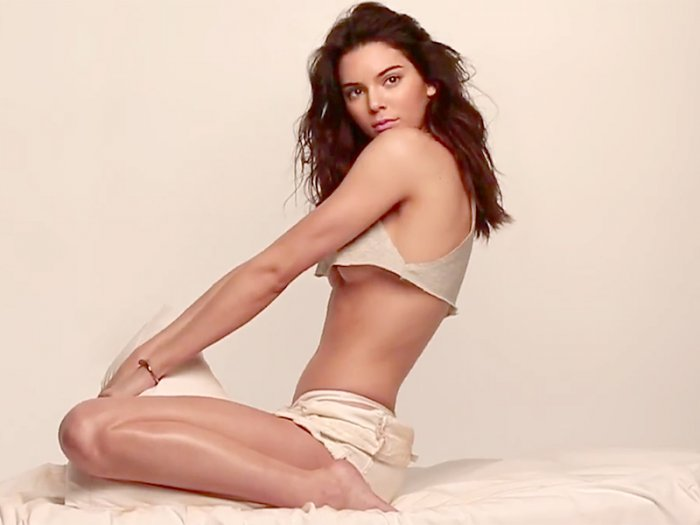 Kendall Jenner (18 фото)