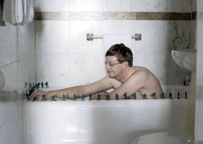 podglyadivaet-za-mamoy-v-dushe-onlayn