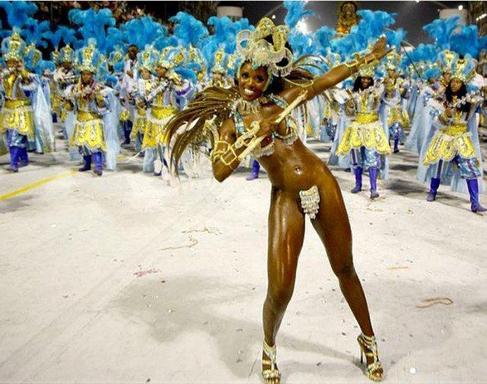 Телочки на карнавале рио