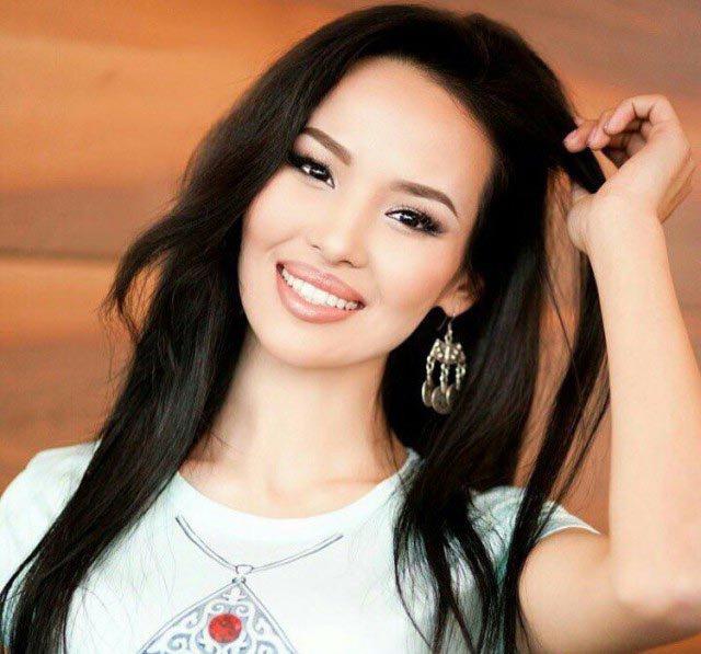 Казахстана фото брюнетки