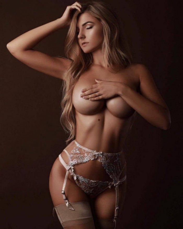 devushki_v_chulkakh_24_foto_18.jpg