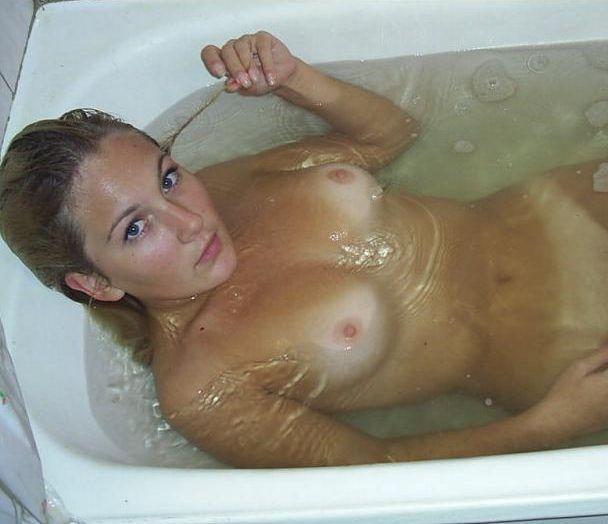 фото голых женщин ванне