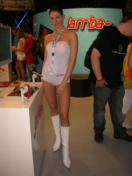 Девушки с выставки GC 2007 (31 Фото)