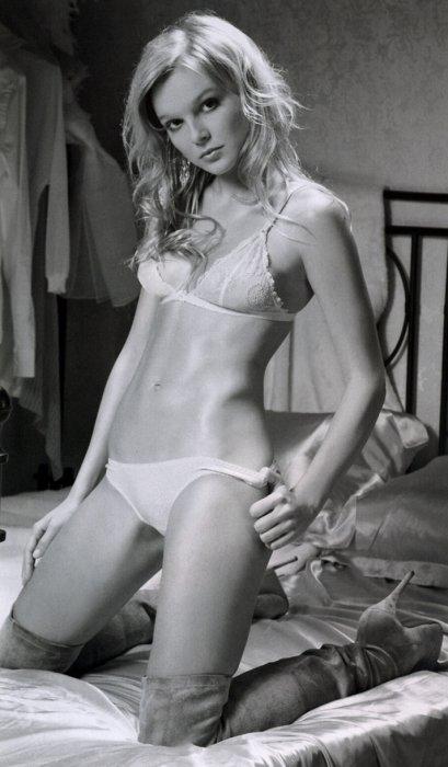 Елена Великанова в журнале Maxim Россия (Февраль 2008) Elena