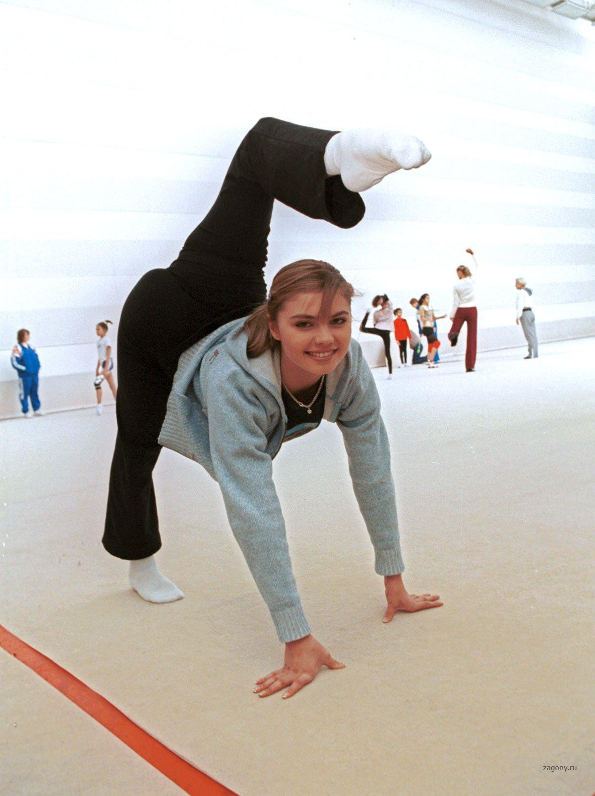 Разминка голой балерины 1 фотография