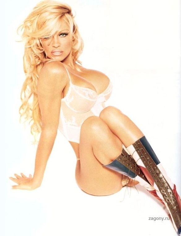 pamela-anderson-video-v-erotike