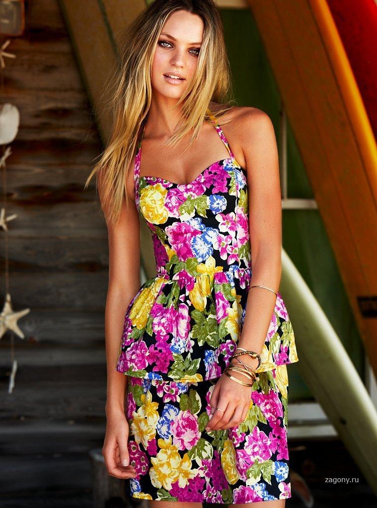 Фото ярких летних платьев
