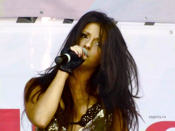 Певица Нюша (20 фото)
