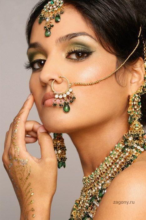 Красивые женщины Индии.