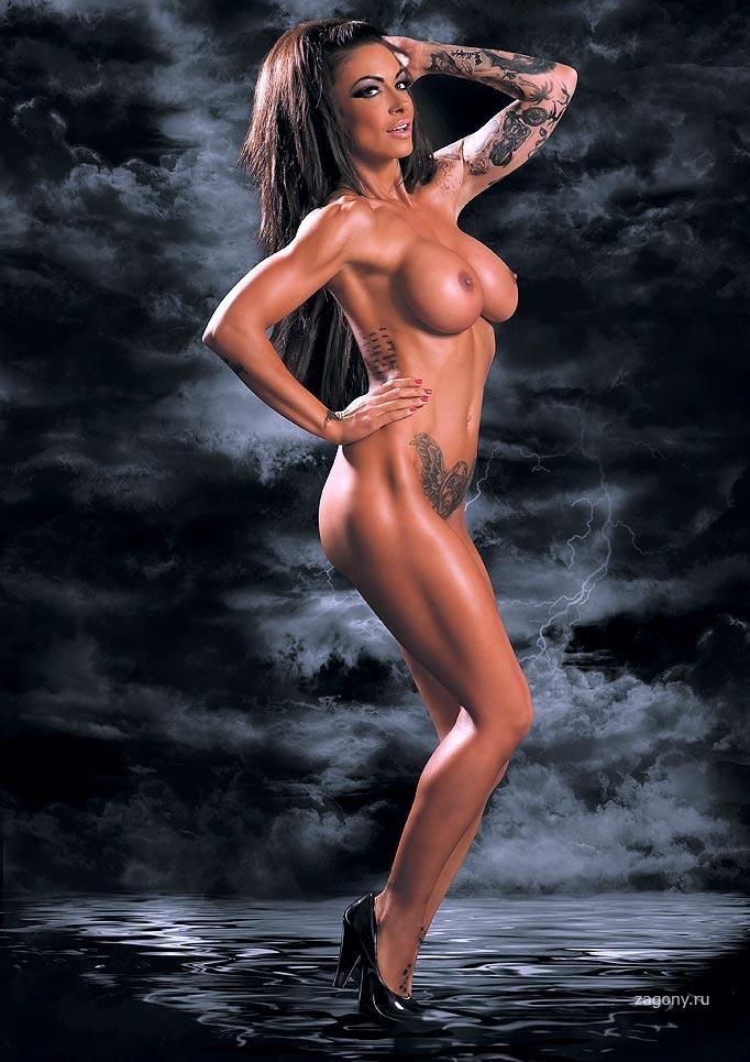 FEMALE CELEBS NAKED SPREAD LEGS