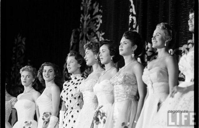 Конкурс Мисс Вселенная, 1953 год, проходивший в Лонг-Бич, Калифорния