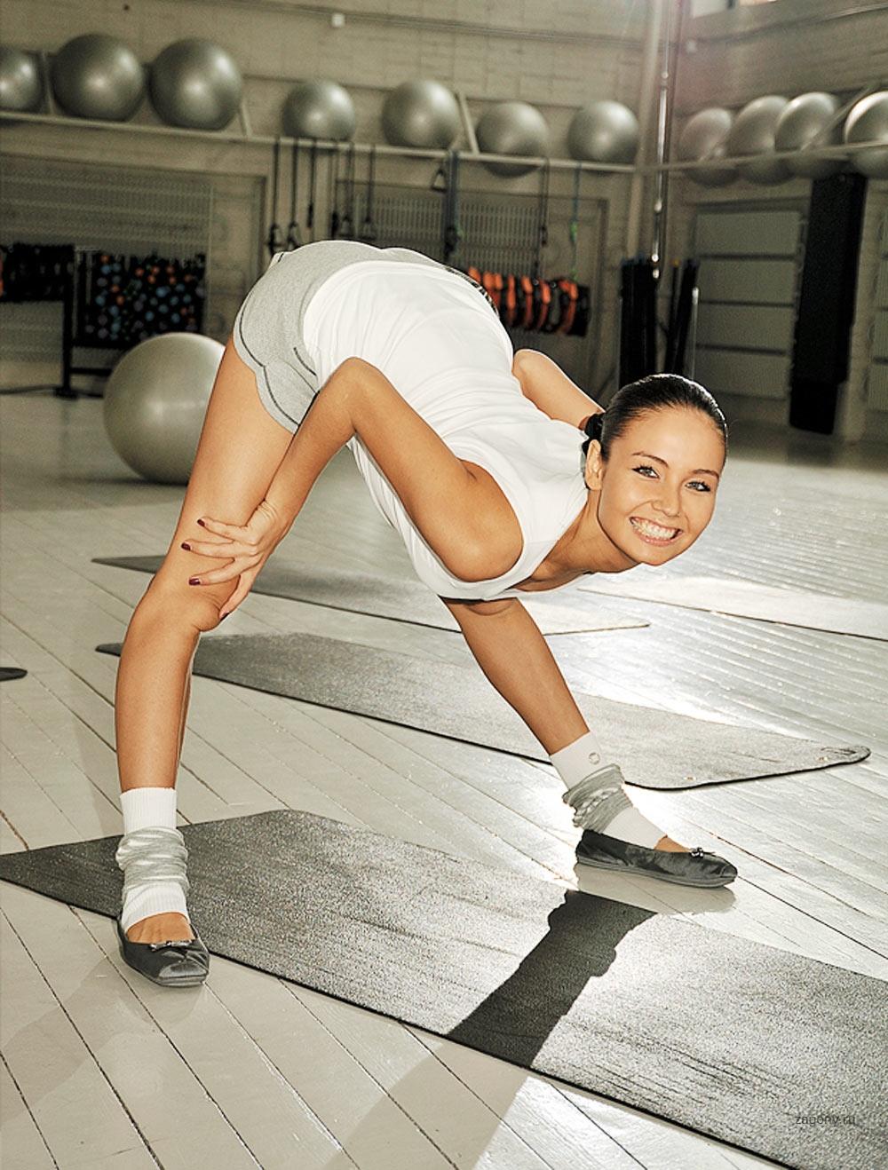 Фото гимнастки голоя 11 фотография