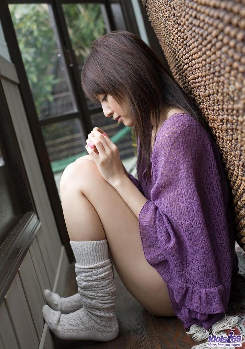 Фото голые японки стоят раком 143