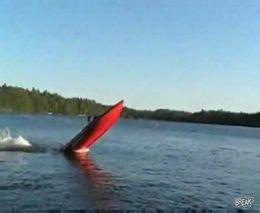 Лодка с мощнейшими моторами (5.648 MB)
