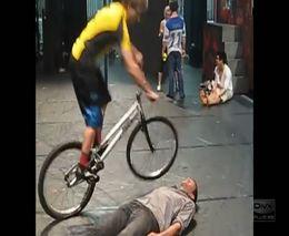 Супер трюки на велосипеде (8.780 MB)