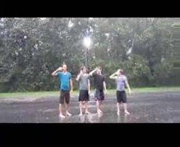 Танцы под дождем (6.927 MB)