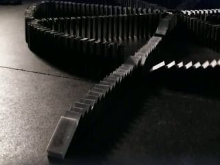 Принцип домино (6.946 MB)