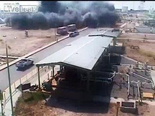 Взрыв на заводе (7.369 MB)