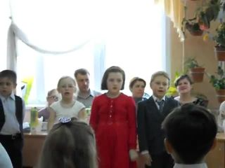Девочка забыла слова песни (7.953 MB)