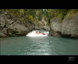 Экстрим на спортивном катере по горной реке (6.770 MB)