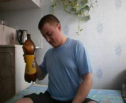 Пол литра пива за 5 секунд (6.220 MB)