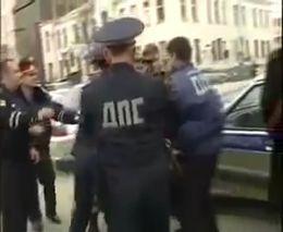 Задержание нарушителя ПДД в Грозном (2.435 MB)