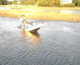 Три идиота утопили лодку (9.594 MB)