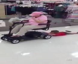 Как надо ребенка возить по магазину (588.695 KB)