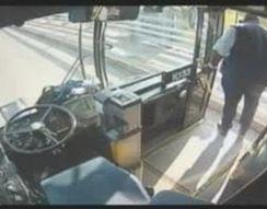 Водитель отговорил девушку от самоубийства (2.119 MB)