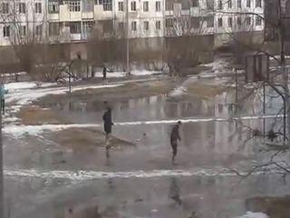 Водные лыжи (4.440 MB)