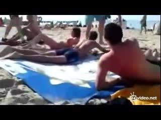 Приколы на пляже (2.935 MB)