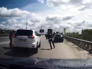 Конфликт на дороге (3.915 MB)