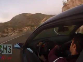 BMW на горной дороге (6.387 MB)