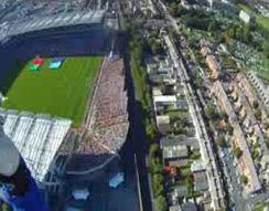 Приземление на футбольный стадион (8.380 MB)