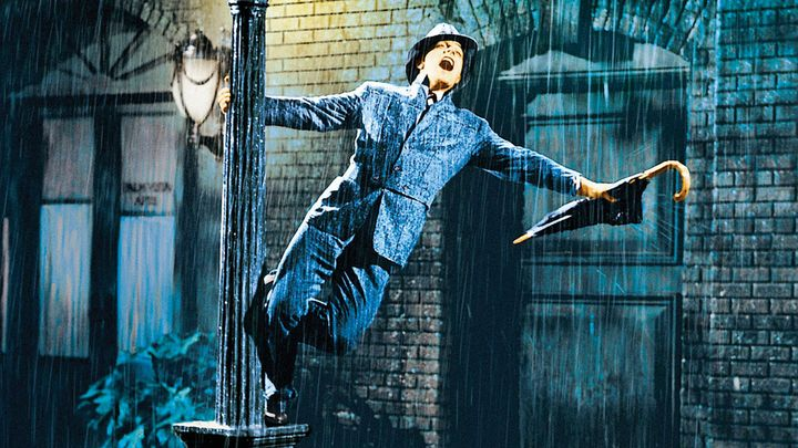 Сцена из фильма Поющие под дождем без музыки (4.690 MB)