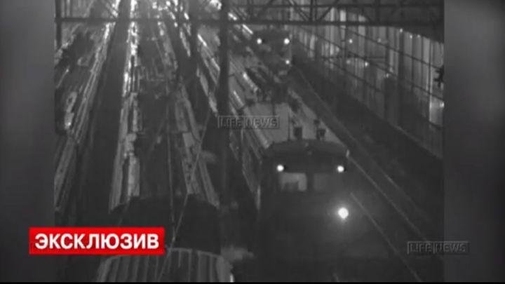 Крушение угнанной электрички в Лобне (4.557 MB)